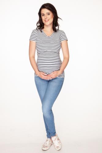 b08ae50859cd3f Bluzka do karmienia i ciążowa z krótkim rękawem Milk Shirt w granatowo-białe  paski